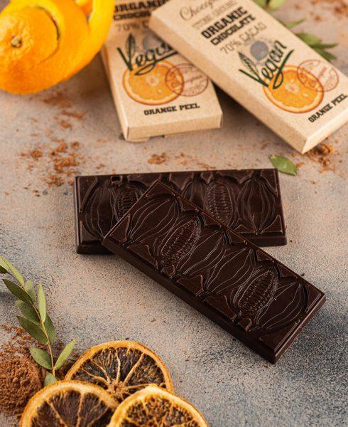 Organic Chocolate with Orange Peel 70% Cacao