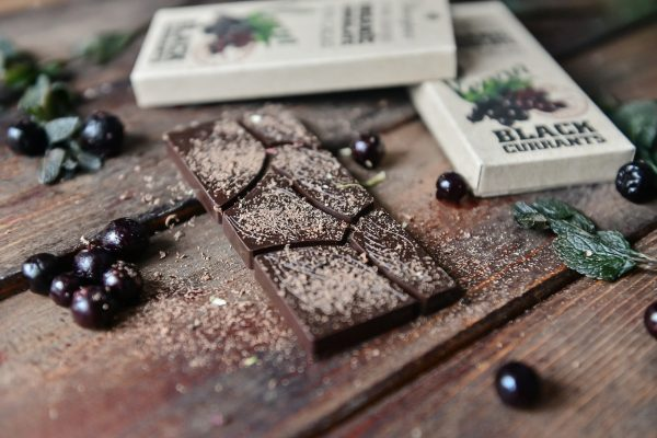 Organic Chocolate with Black Currants 95% Cacao